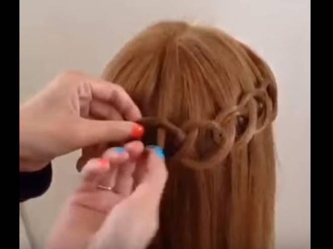 صورة تزيين الشعر , طرق تسريحات لزينة شعر المراه