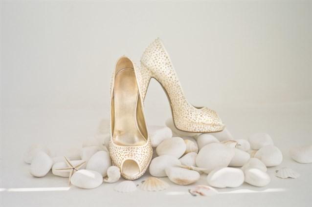 صور الحذاء في المنام للمتزوجة , تفسير حلم رؤيه الحذاء للمراه