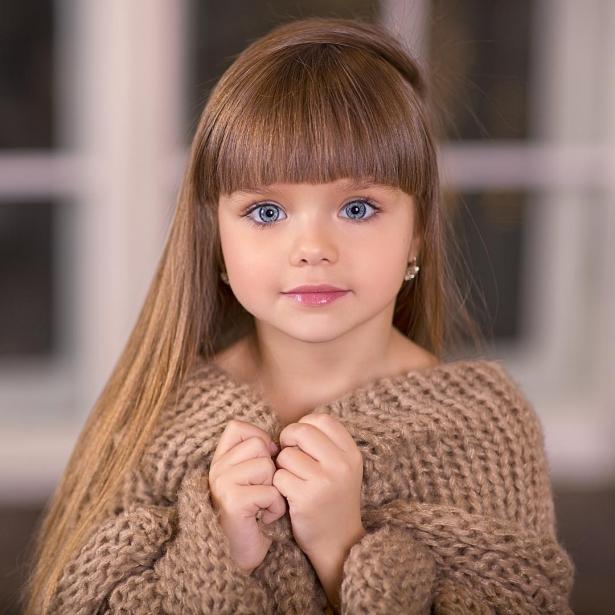 صورة اجمل طفلة في العالم , احلى صور بنت صغيرة جميلة حول العالم 3610 1