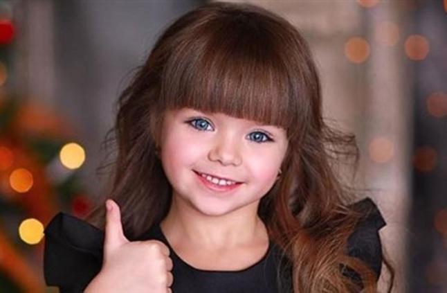 صورة اجمل طفلة في العالم , احلى صور بنت صغيرة جميلة حول العالم 3610 3