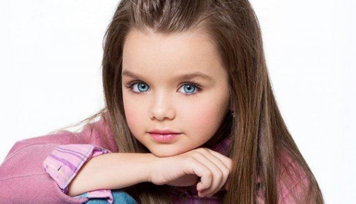 صورة اجمل طفلة في العالم , احلى صور بنت صغيرة جميلة حول العالم 3610 4