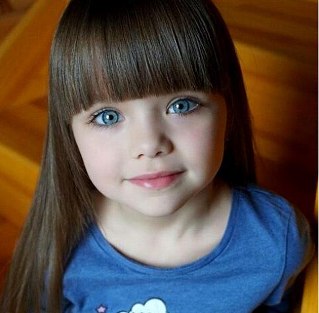 صورة اجمل طفلة في العالم , احلى صور بنت صغيرة جميلة حول العالم 3610 7