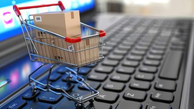 صورة شراء ملابس عن طريق الانترنت , تجربة شراء الملابس من مواقع الانترنت