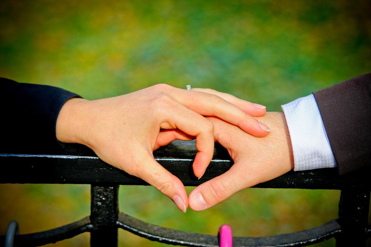 صورة شعر عن الحبيب , ابيات شعر رومانسي للزوج