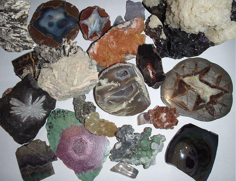 صور انواع المعادن واسمائها , العديد من المعادن المختلفة