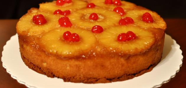 صورة كيكة الاناناس بالكراميل , ما اطعم كيكة الاناناس