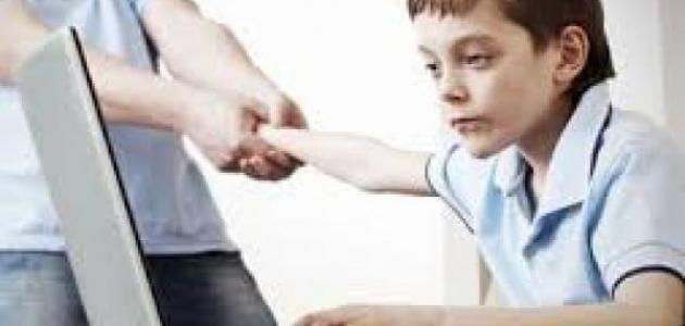 صور الاعلام ' الاعلام واثاره السلبيه علي الاطفال
