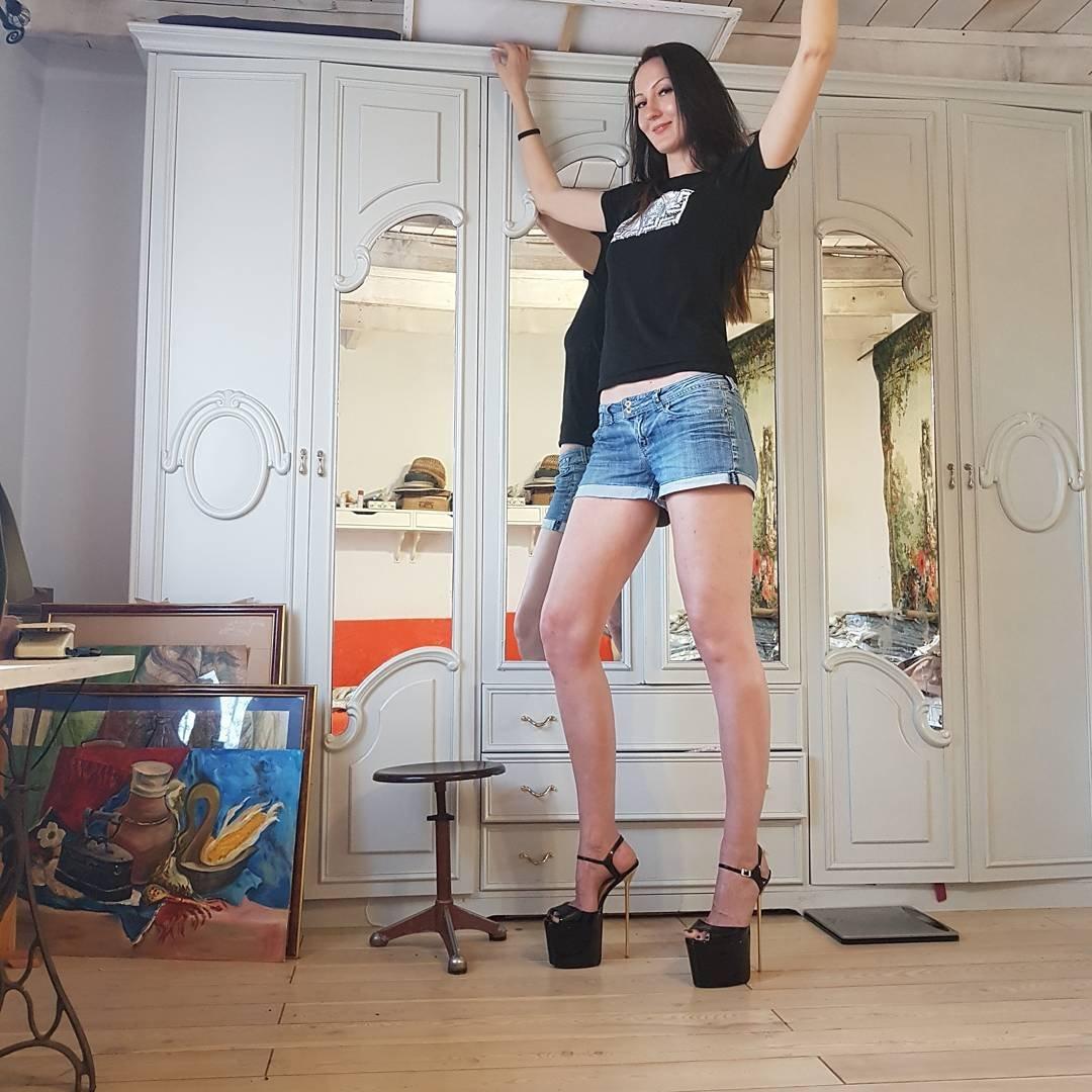 صورة اطول نساء العالم , اعشقك يا سيدتي الطويلة
