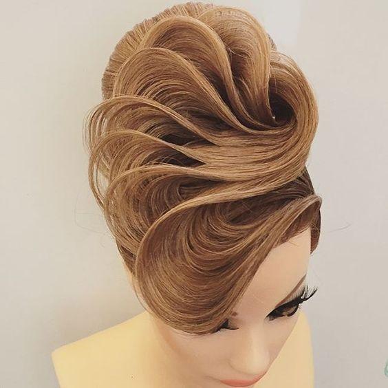 صورة تسريحات شعر مرفوع , تسريحات شعر سهلة وبسيطة جدا 👇 420 12