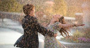 صورة صور رومانسيه تحت المطر , تحت المطر مواقف لا تنسى