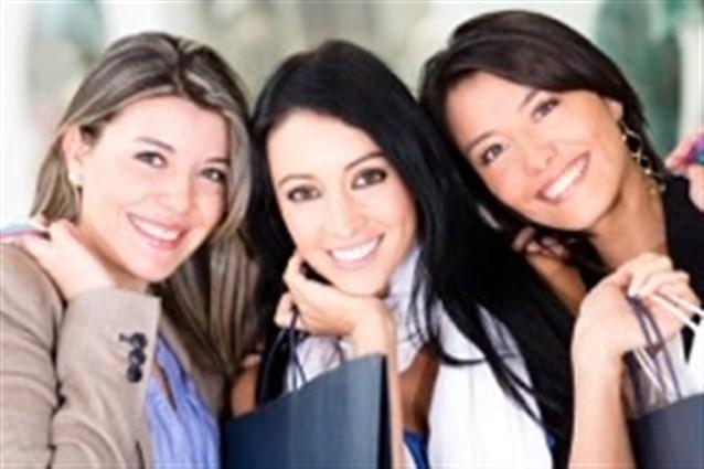 صورة تاتى النساء بالخير , رؤية مجموعة نساء في المنام 7991 1