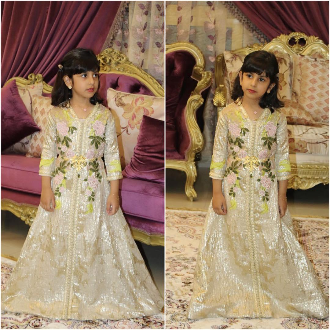 لباس مغربي للا طفال 7468